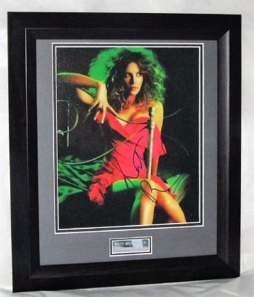 A158KB KATE BECKINSALE SIGNED